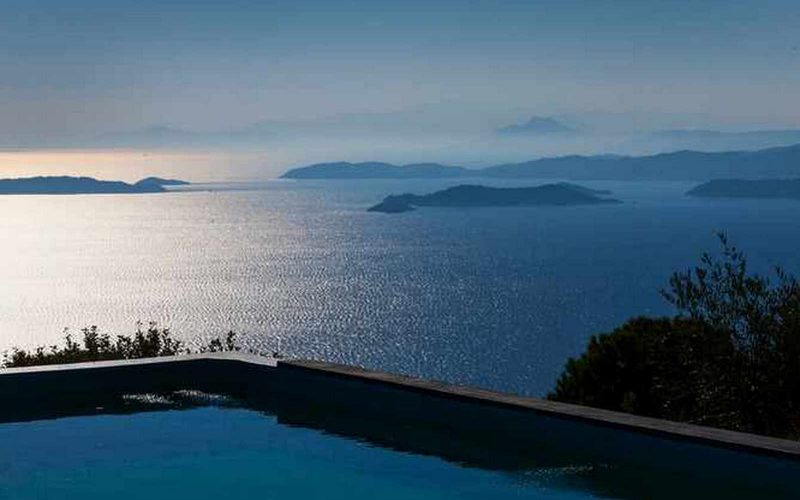 Complex of cottages with best views to the Aegean Sea Views