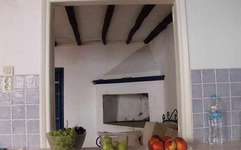 Cozy property with yard in Skopelos Town Dining room