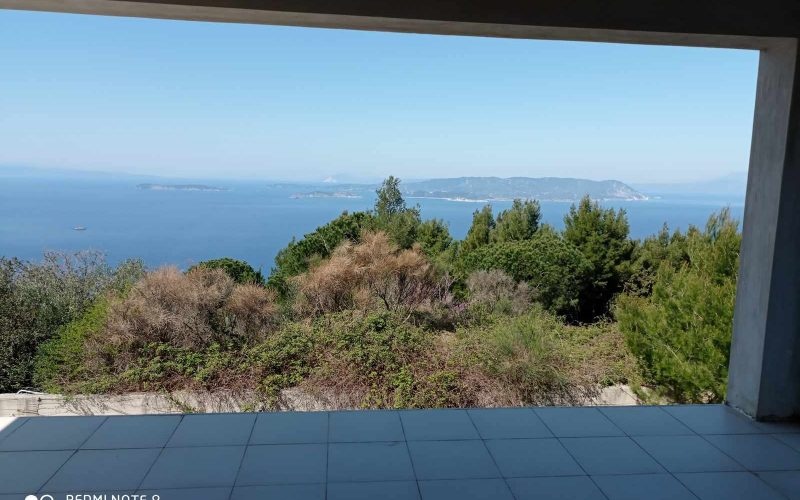 Unfinished Villa with breathtaking views towards the Sea and the neighbored islands of Skiathos and Evia.