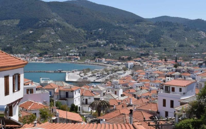 Skopelos Town House with terrace with views and spacious yard Views