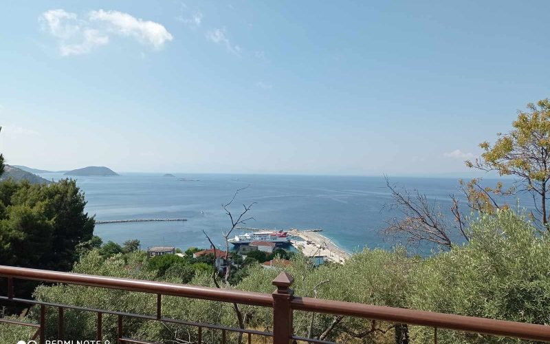 Wonderful villa with pool in Loutraki area with views Views