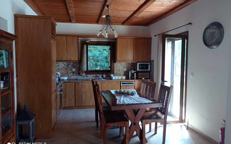 Wonderful villa with pool in Loutraki area with views Kitchen Dining room