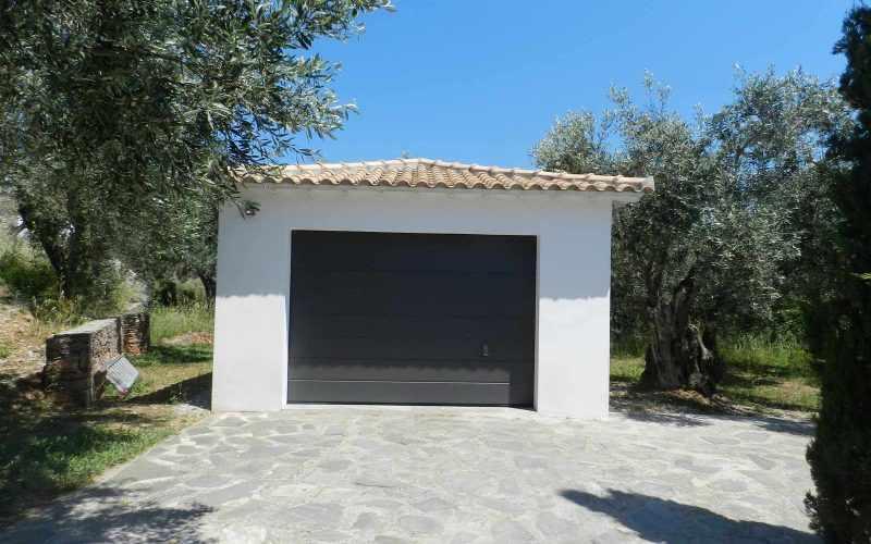 Architect designed Villa in the countryside of Skopelos Island Garage