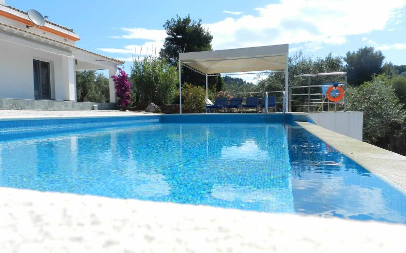 Architect designed Villa in the countryside of Skopelos Island Swimming pool