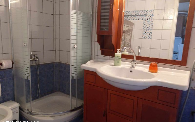 Nice property with lovely views in Old Klima village Bathroom