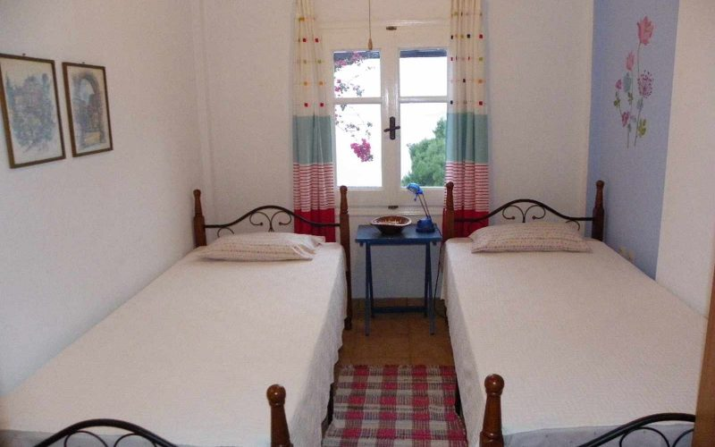 Nice property with lovely views in Old Klima village Bedroom