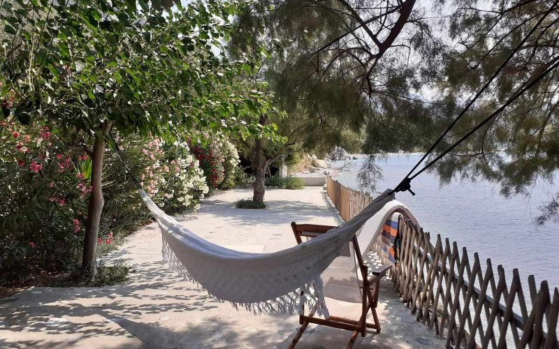 Beach front Villa for sale on Skopelos Island - Beachfront terrace