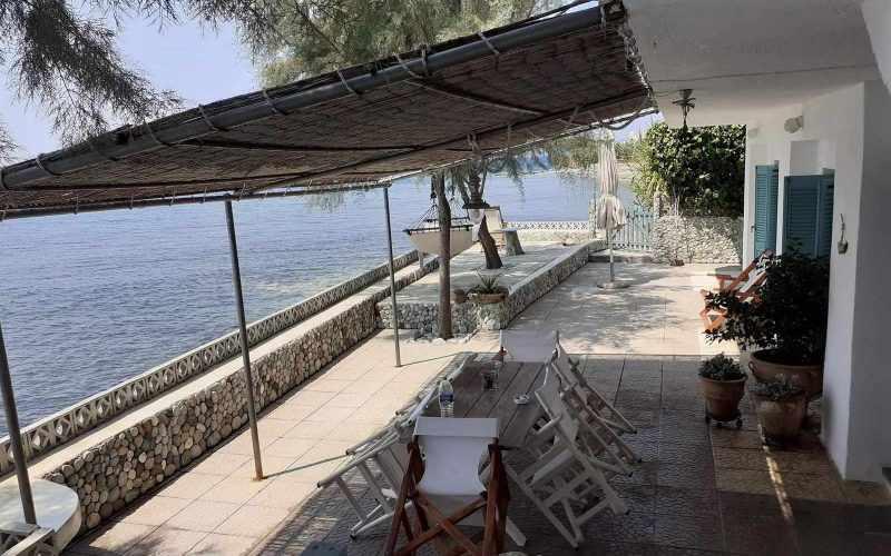 Beach front Villa for sale on Skopelos Island - Beach front terrace
