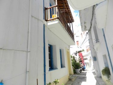 Skopelos Town House very close to waterfront