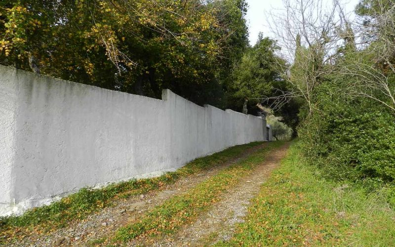 Complexe of cottages in Anania Property wall