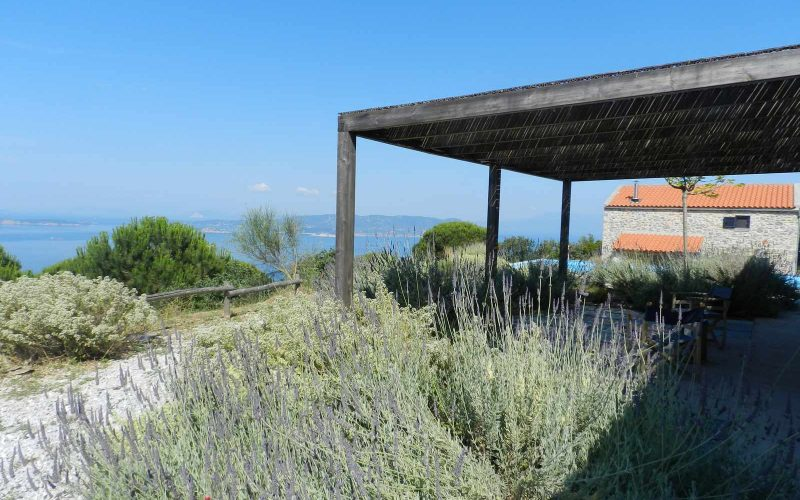 Cottage complex with pool and breathtaking views to the Sea. Terraces