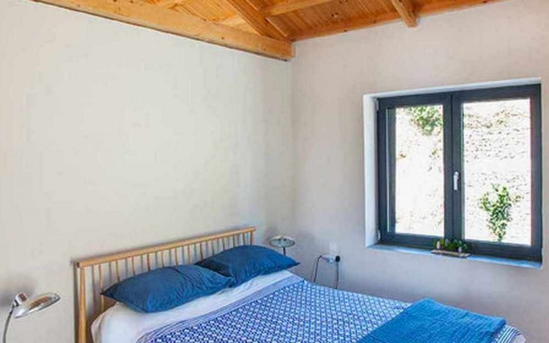 Complex of cottages with best views to the Aegean Sea Double bed bedroom