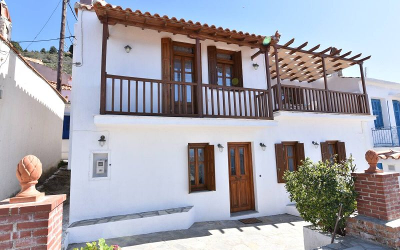Property in Palaio Klima with Sea views