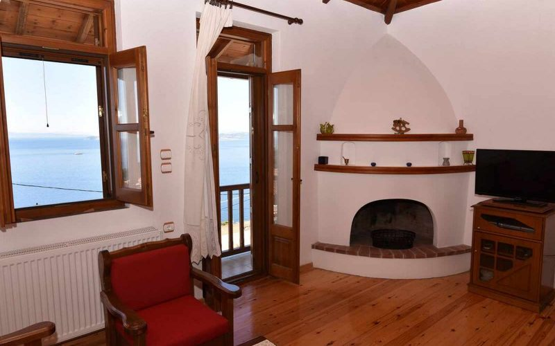 Property in Palaio Klima with Sea views The living room area