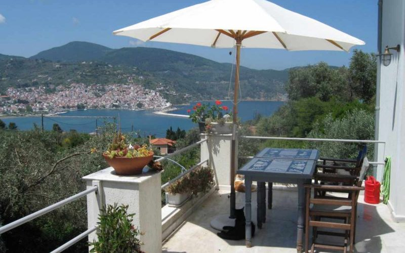 Villa with swimming pool and Views to Skopelos Town and port Balcony