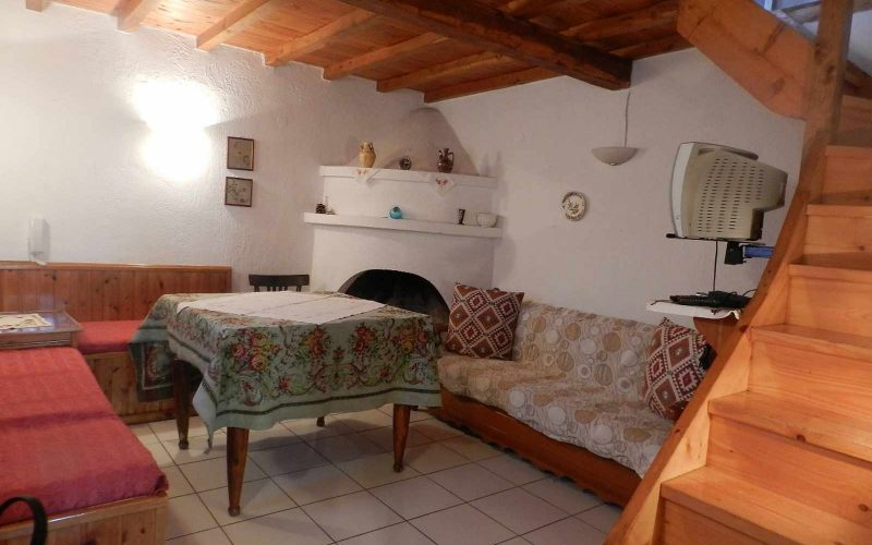 Traditional cottage in the area of Alikias Seating room