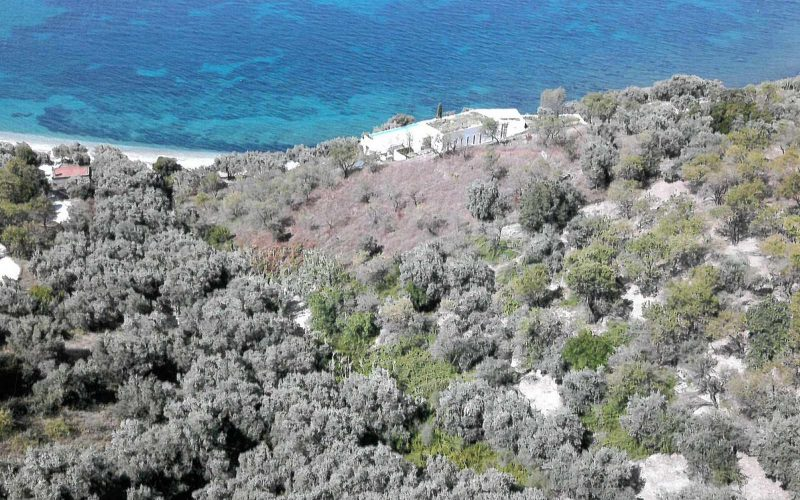 Plot with building permit close to Armenopetra beach The area