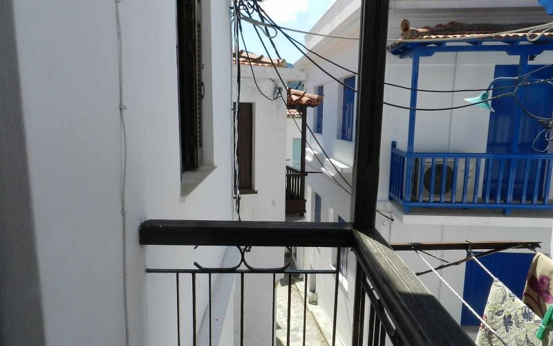 Small Skopelos Town property Balcony
