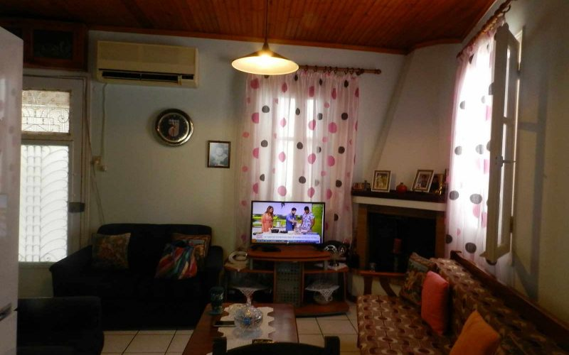Small Skopelos Town property Living room area