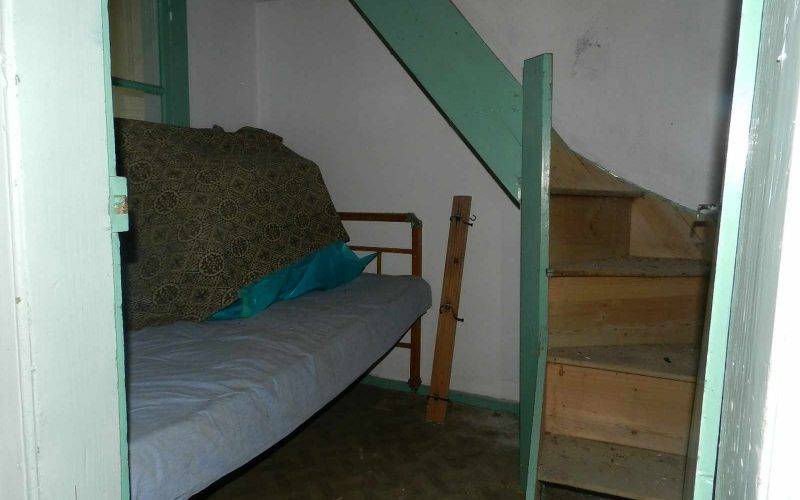 Traditional small house in Glossa village The room