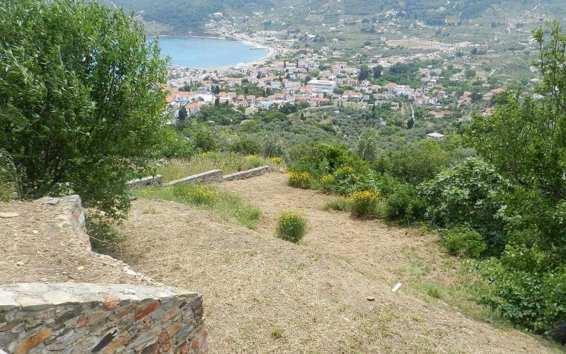 Cozy Villa with swimming pool and splendid views Plot