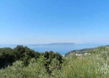 Plot close to Glossa with Sea views