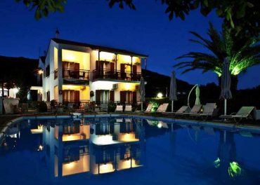 Hotel for sale in a touristic area on Skopelos Island