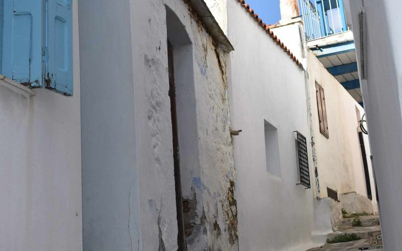 Traditional House inside Skopelos Town Second Entrance