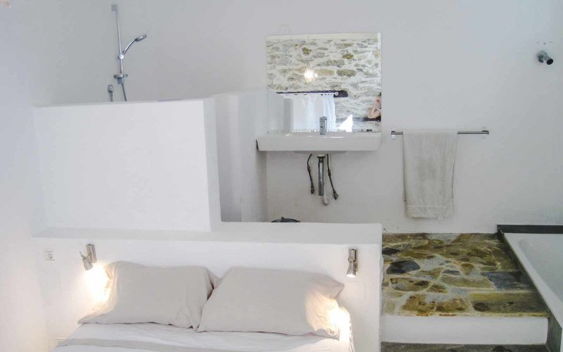 The Seaglass House Bedroom 1