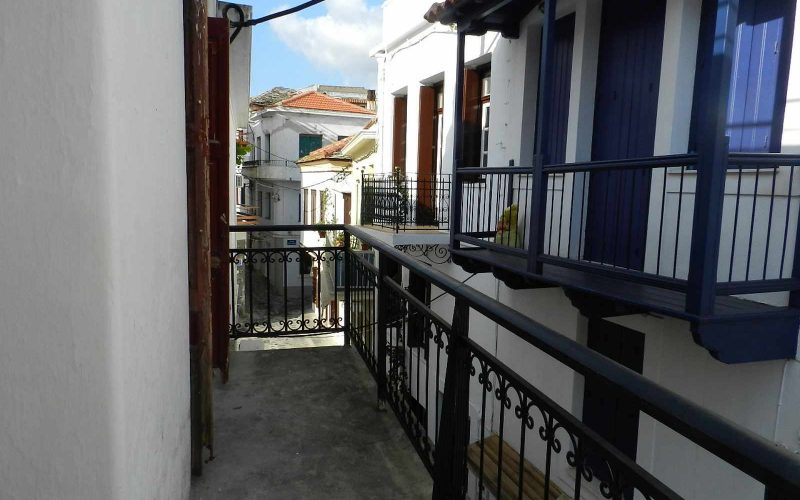 Spacious Traditional Skopelos Town's property Balcony