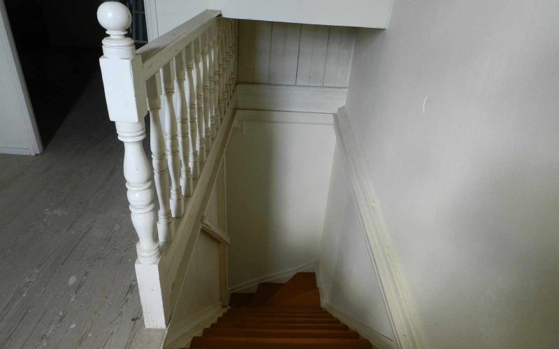Traditional old property in Skopelos Town with private yard Staircase