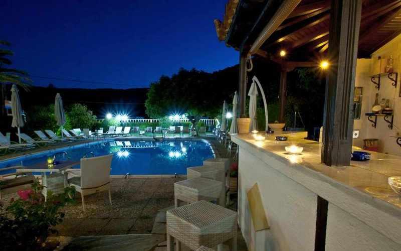 Hotel for Sale in Stafilos area on Skopelos Island - Pool Bar