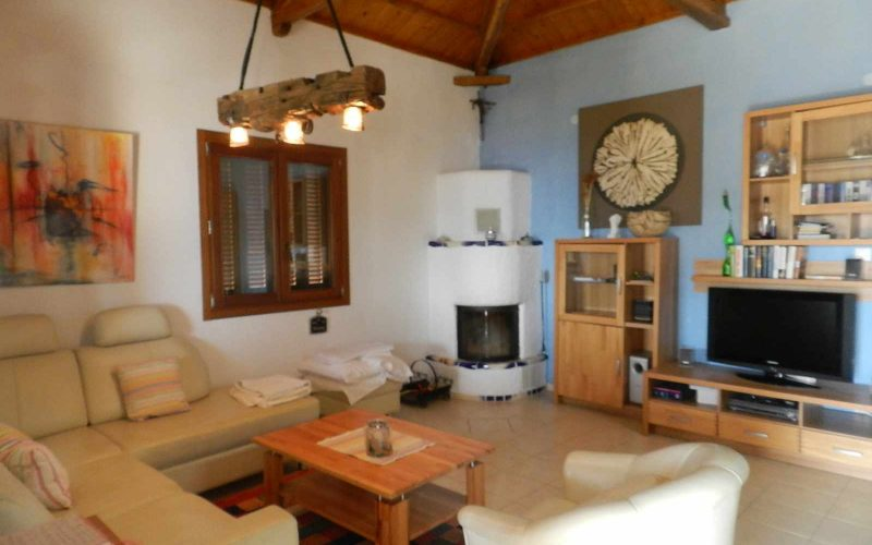 Villa with swimming pool and stunning views to the Sporades Islands Living room