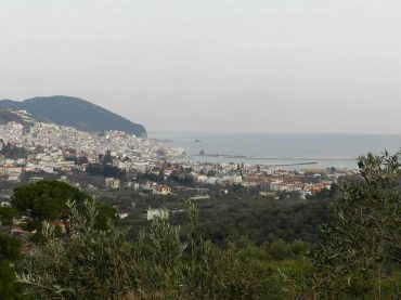 Spacious plot overlooking Skopelos Town and port
