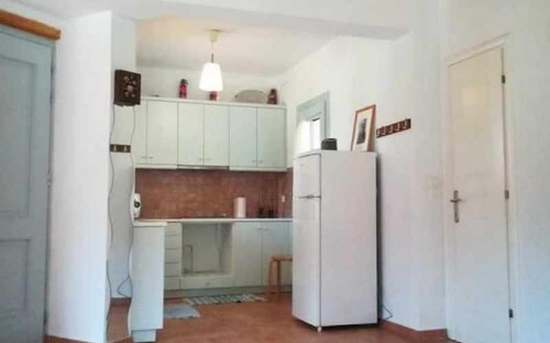 Property in walking distance to Agnontas beach Kitchen