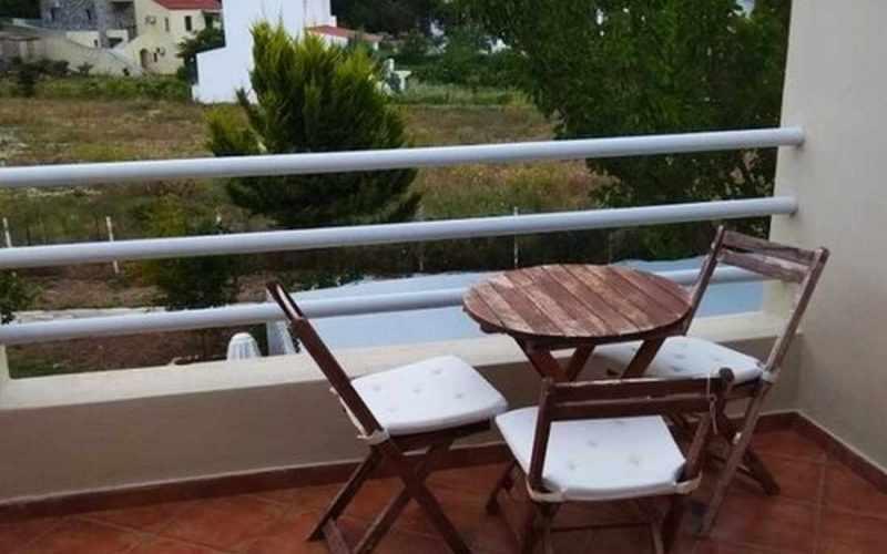 Property in walking distance to Agnontas beach Terrace