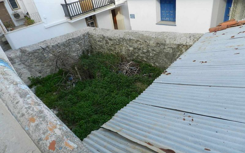 Town property with private garden garden