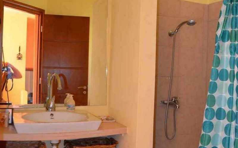 Spacious Villa lost in the countryside of Skopelos island. Bathroom