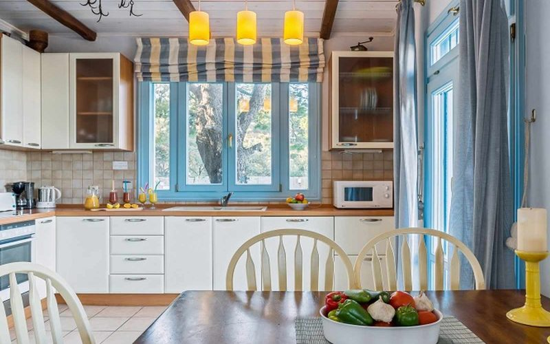 Stylish Villa with views and swimming pool close to Skopelos Town The kitchen