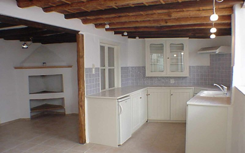 Cozy property with yard in Skopelos Town Kitchen