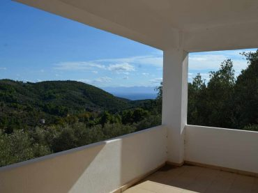 Spacious Villa lost in the countryside of Skopelos island.