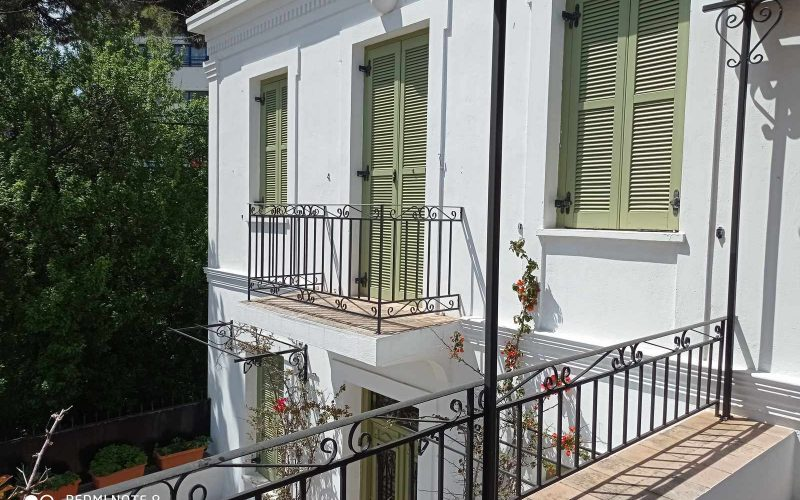 Traditional Town house with terrace and views to Skopelos Town and port