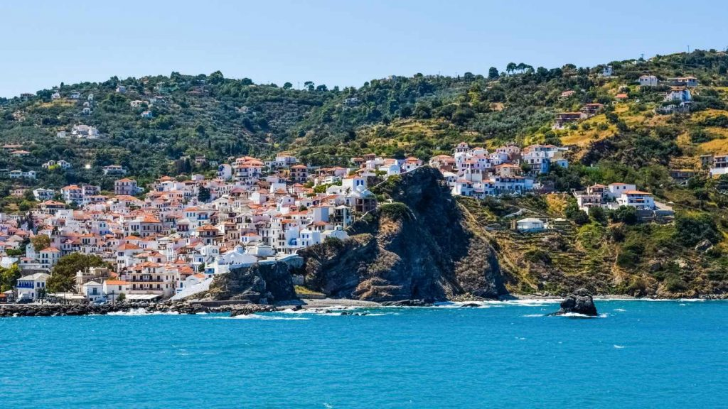 Skopelos luxury villas