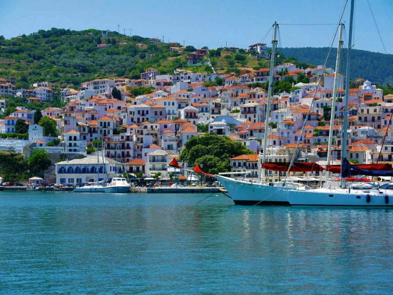 Skopelos traditional houses for sale